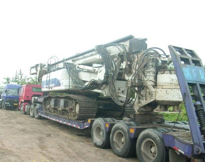 运输大型机械设备