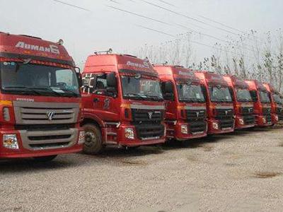寻找大型机械运输公司_专业机械设备运输车