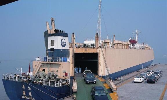 滚装船跨国运输