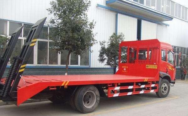 8吨-15吨履带吊专用车